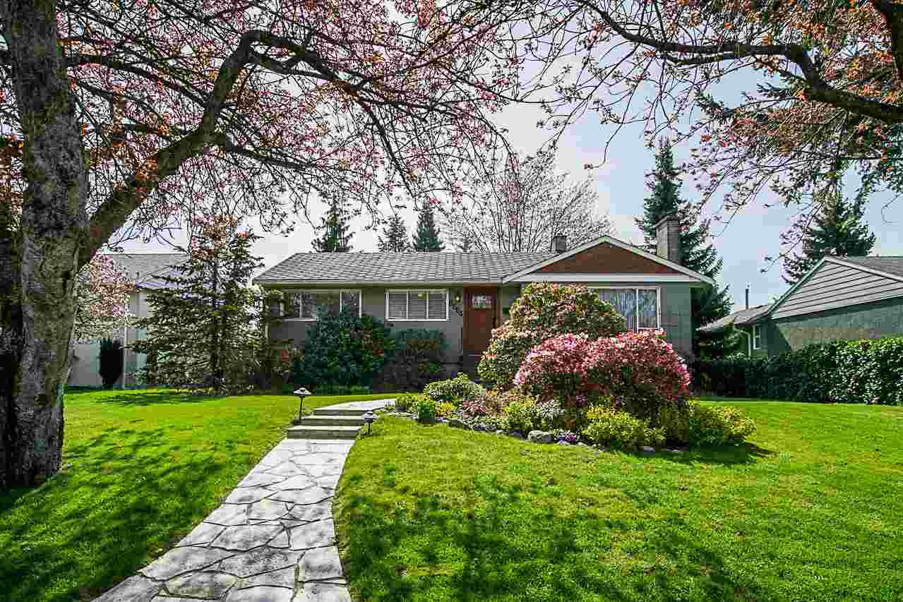 """Main Photo: 8664 12TH Avenue in Burnaby: The Crest House for sale in """"THE CREST"""" (Burnaby East)  : MLS®# R2261207"""