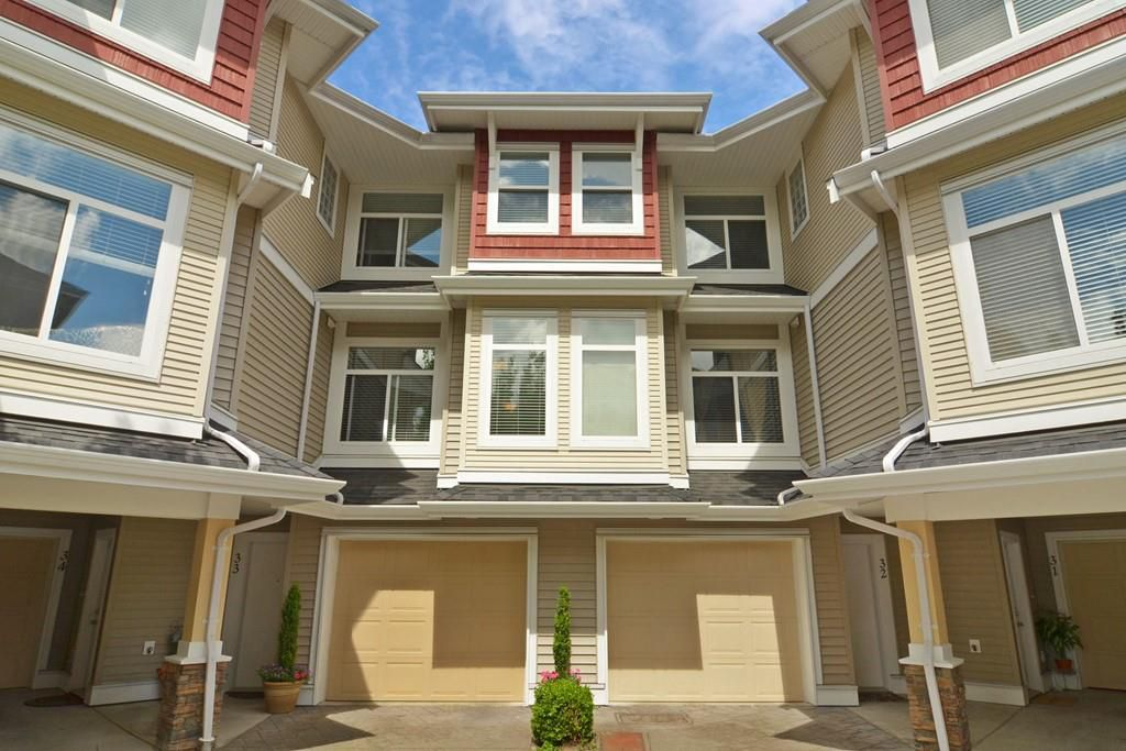 "Main Photo: 33 8655 159 Street in Surrey: Fleetwood Tynehead Townhouse for sale in ""Springfield Court"" : MLS®# R2273968"