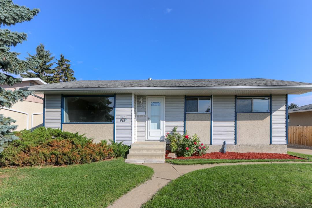 Main Photo: 3116 111 Avenue in Edmonton: Zone 23 House for sale : MLS®# E4127683