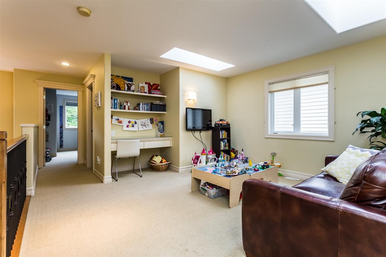 """Photo 16: Photos: 36568 E AUGUSTON Parkway in Abbotsford: Abbotsford East House for sale in """"Auguston"""" : MLS®# R2311652"""