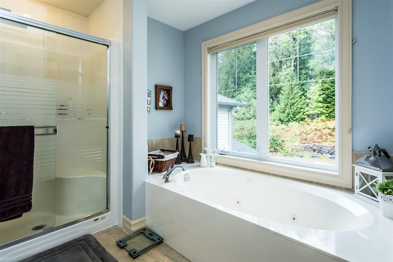 """Photo 13: Photos: 36568 E AUGUSTON Parkway in Abbotsford: Abbotsford East House for sale in """"Auguston"""" : MLS®# R2311652"""
