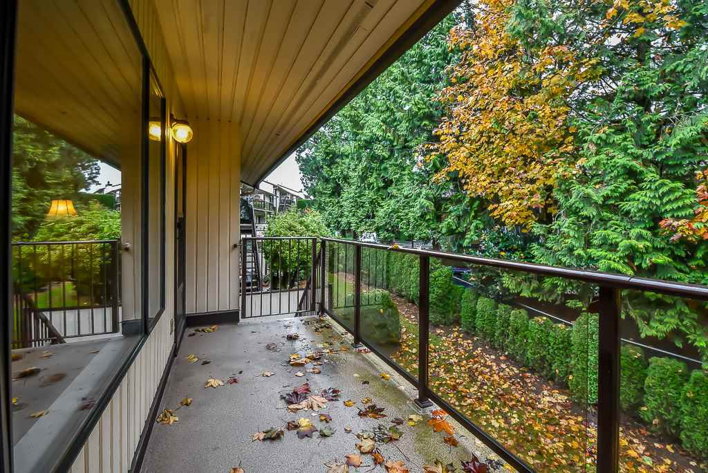 """Main Photo: 4 2962 NELSON Place in Mission: Central Abbotsford Townhouse for sale in """"WILLBAND CREEK PARK"""" (Abbotsford)  : MLS®# R2320963"""