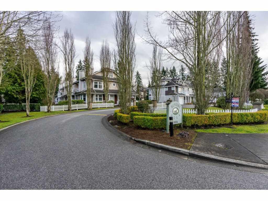 "Main Photo: 55 9036 208 Street in Langley: Walnut Grove Townhouse for sale in ""Hunter's Glen"" : MLS®# R2333602"