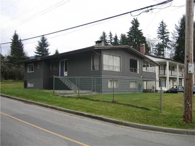 "Main Photo: 2910 BRIXHAM Road in North Vancouver: Windsor Park NV House for sale in ""Blueridge/Windsor Park"" : MLS®# V1089699"