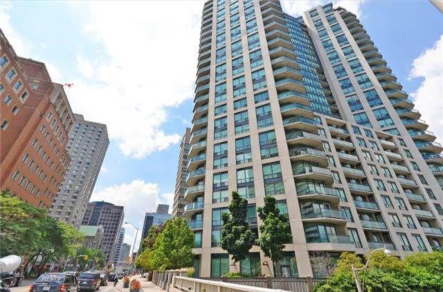 Main Photo: 713 300 E Bloor Street in Toronto: Rosedale-Moore Park Condo for sale (Toronto C09)  : MLS®# C3242915
