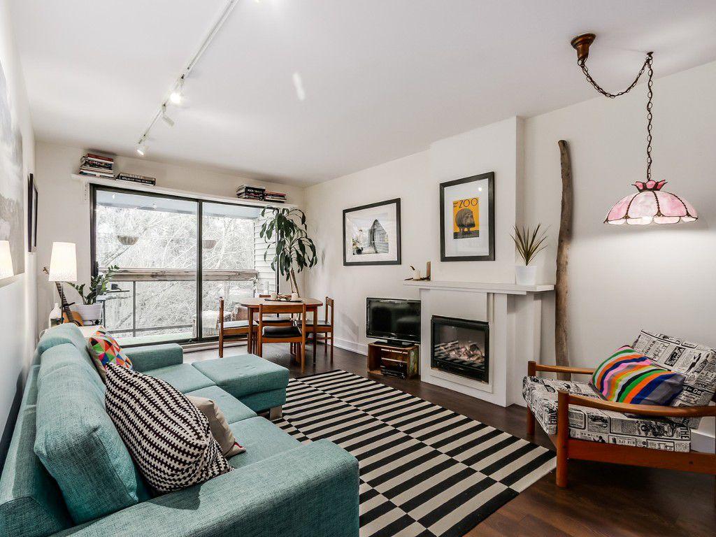 """Main Photo: 311 1422 E 3RD Avenue in Vancouver: Grandview VE Condo for sale in """"LA CONTESSA"""" (Vancouver East)  : MLS®# R2024550"""