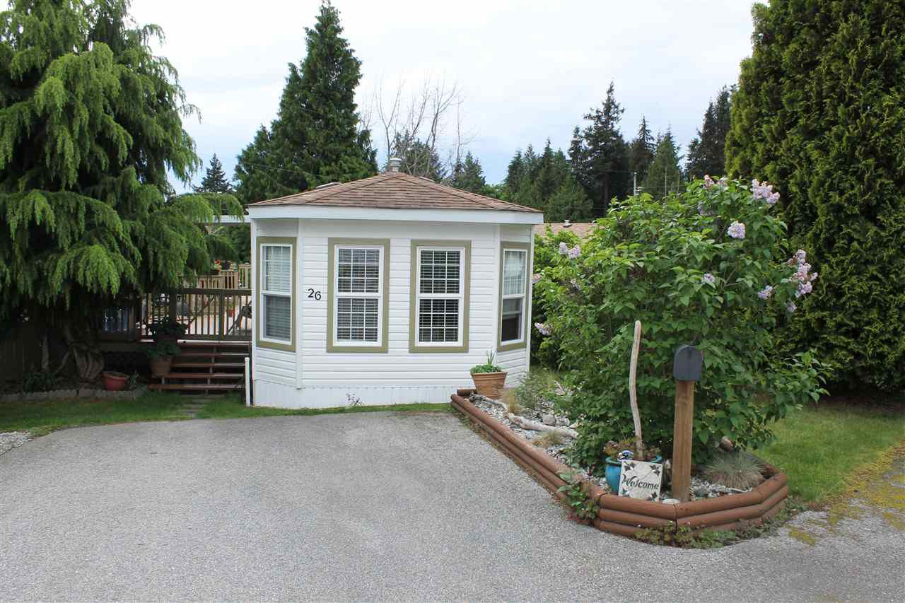 Main Photo: 26 5575 MASON Road in Sechelt: Sechelt District Manufactured Home for sale (Sunshine Coast)  : MLS®# R2064821