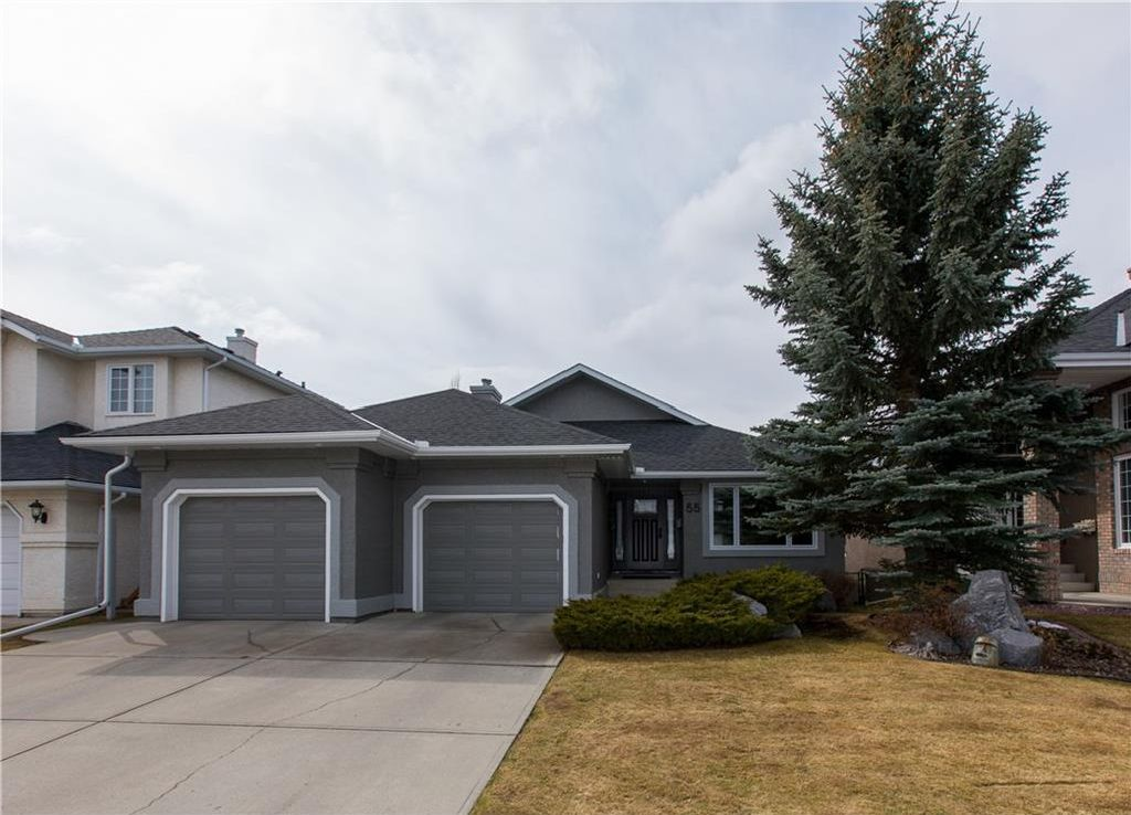 Main Photo: 55 VALLEY RIDGE Green NW in Calgary: Valley Ridge House for sale : MLS®# C4112810