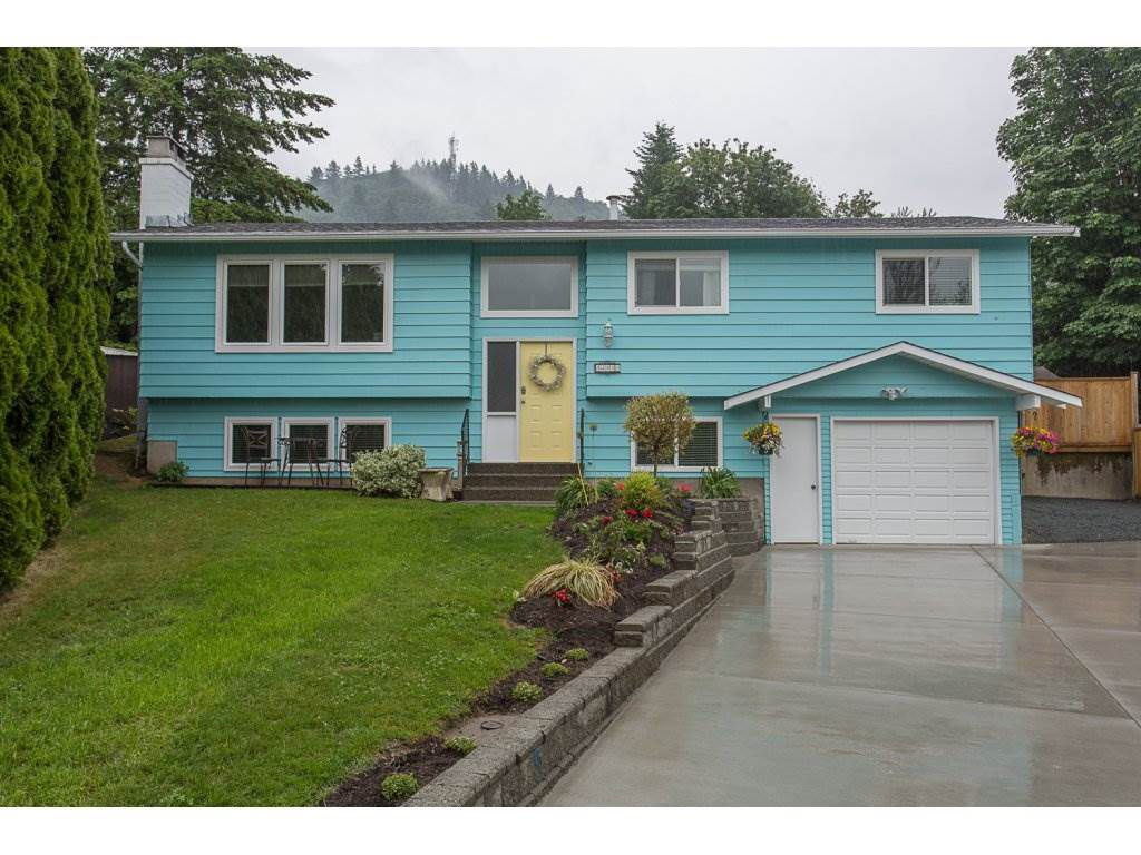 "Main Photo: 34920 MCCABE Place in Abbotsford: Abbotsford East House for sale in ""McMillan area"" : MLS®# R2175602"