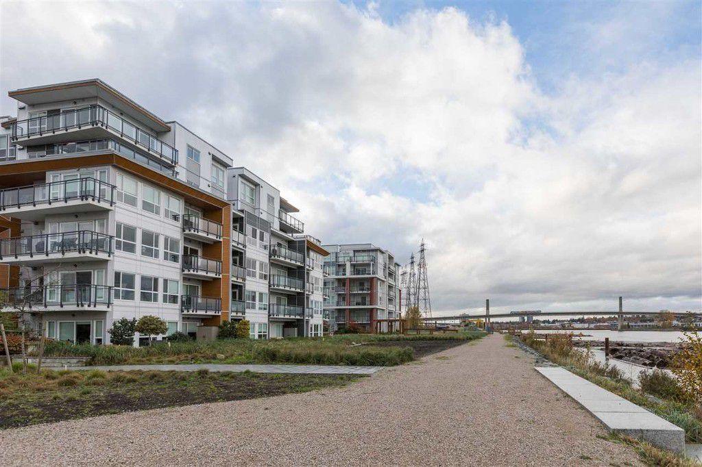 Main Photo: 511 10033 River Drive in Richmond: Bridgeport RI Condo for sale : MLS®# R2122398
