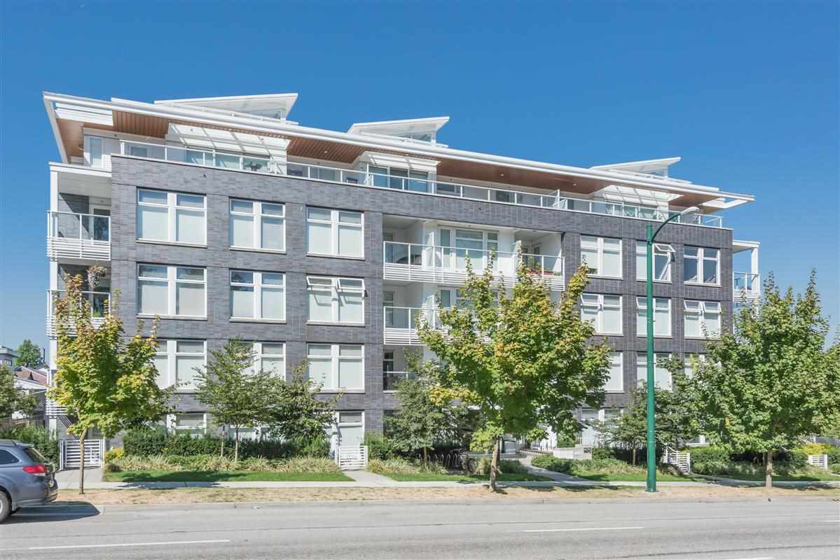"Main Photo: PH605 4867 CAMBIE Street in Vancouver: Cambie Condo for sale in ""Elizabeth"" (Vancouver West)  : MLS®# R2198846"