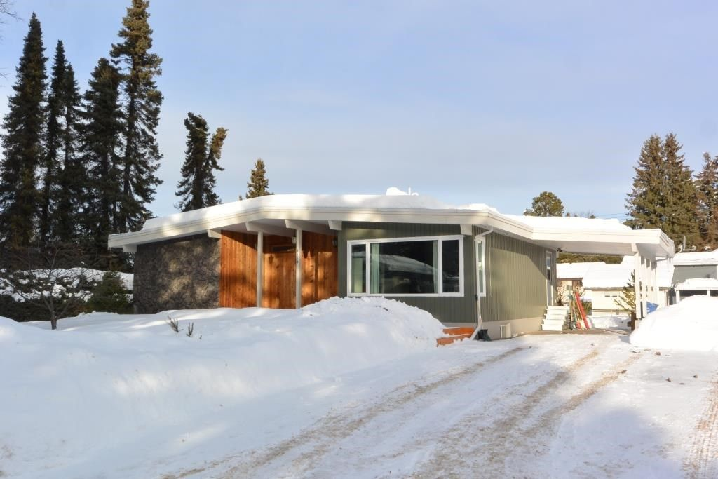 Main Photo: 4174 FIRST Avenue in Smithers: Smithers - Town House for sale (Smithers And Area (Zone 54))  : MLS®# R2239426