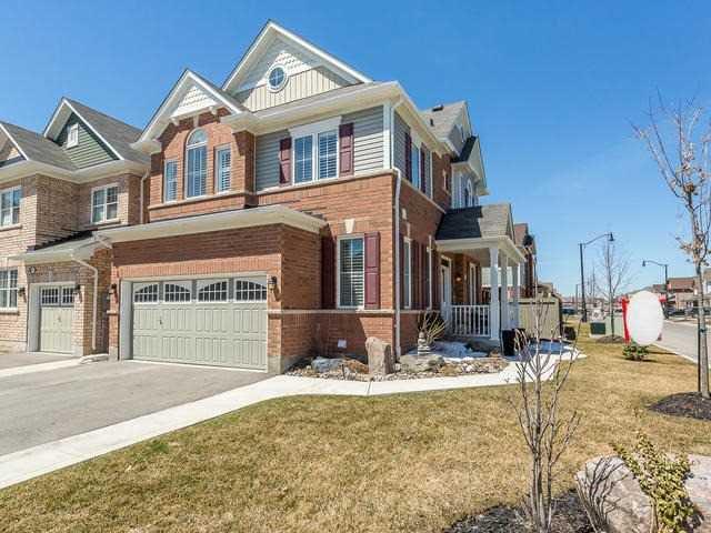 Main Photo: 85 Tysonville Circle in Brampton: Northwest Brampton House (2-Storey) for sale : MLS®# W4105418