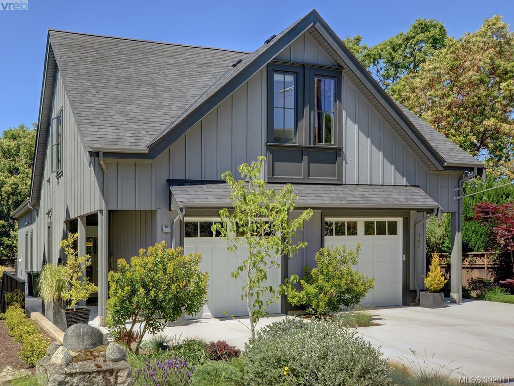 Main Photo: 142 St. Andrews Street in VICTORIA: Vi James Bay Strata Duplex Unit for sale (Victoria)  : MLS®# 392011