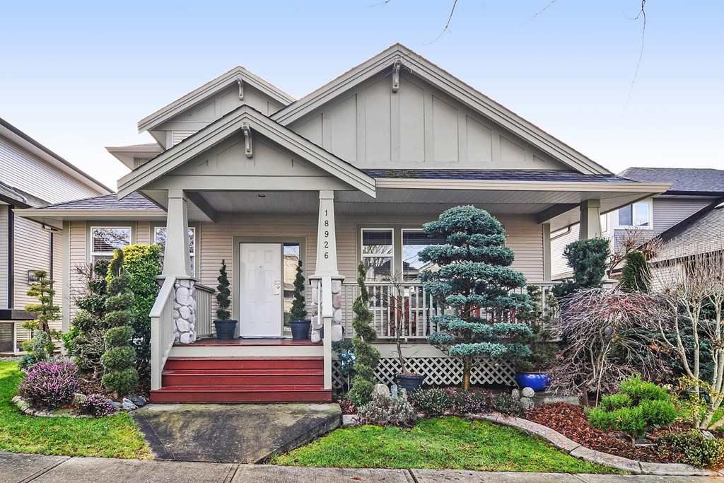 Main Photo: 18926 71A Avenue in Surrey: Clayton House for sale (Cloverdale)  : MLS®# R2328827