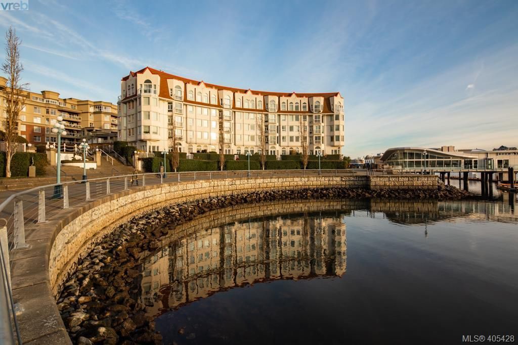 Main Photo: 110 10 Paul Kane Place in VICTORIA: VW Songhees Condo Apartment for sale (Victoria West)  : MLS®# 405428