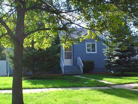 Main Photo: 66 Kingswood Avenue: Residential for sale (St. Vital)  : MLS®# 2311963
