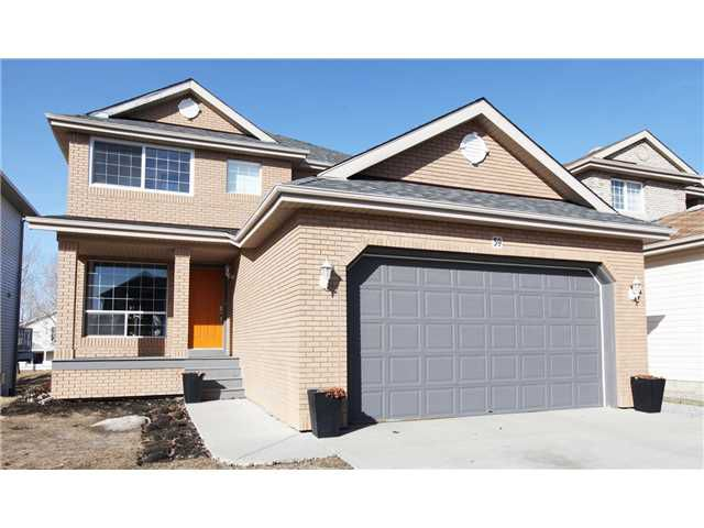 Main Photo: 59 CITADEL Park NW in CALGARY: Citadel Residential Detached Single Family for sale (Calgary)  : MLS®# C3609695