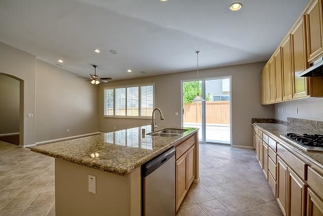 Photo 8: Photos: SCRIPPS RANCH House for sale : 4 bedrooms : 11475 Mayapple Way in San Diego