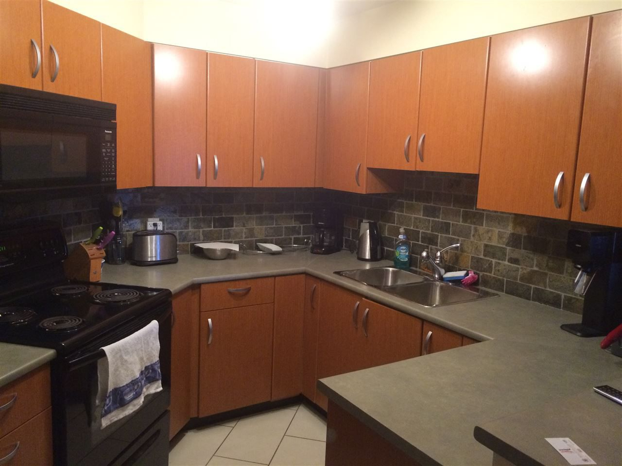 """Main Photo: 414 20750 DUNCAN Way in Langley: Langley City Condo for sale in """"Fairfield Lane"""" : MLS®# R2048094"""