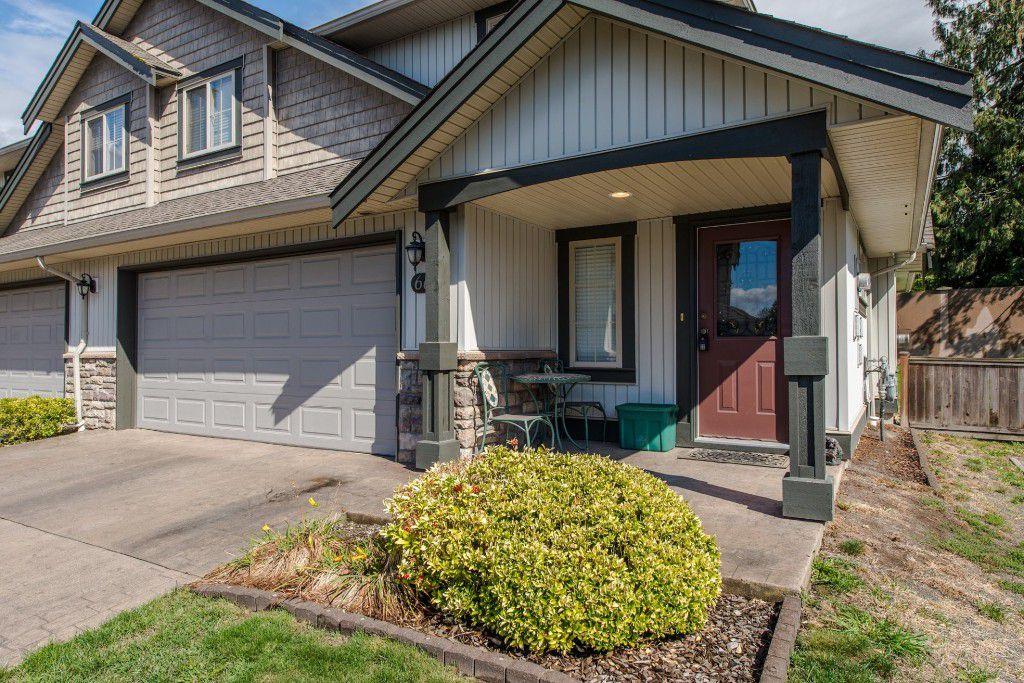 "Main Photo: 66 6449 BLACKWOOD Lane in Sardis: Sardis West Vedder Rd Townhouse for sale in ""Cedar Park"" : MLS®# R2109844"