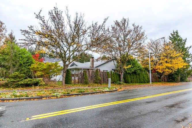"Main Photo: 9218 158 Street in Surrey: Fleetwood Tynehead House for sale in ""Fleetwood Tynehead"" : MLS®# R2120306"