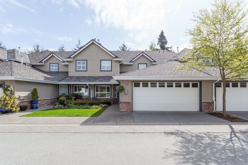 """Main Photo: 11 2168 150A Street in Surrey: Sunnyside Park Surrey Townhouse for sale in """"South Hampton Estates"""" (South Surrey White Rock)  : MLS®# R2165539"""