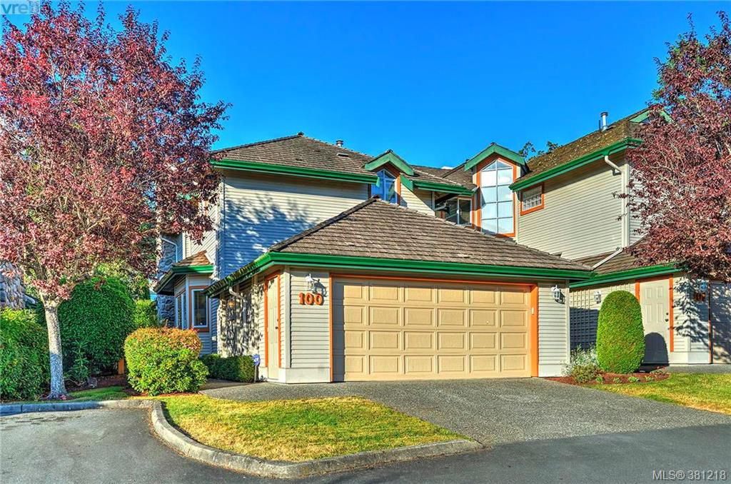 Main Photo: 100 530 Marsett Place in VICTORIA: SW Royal Oak Townhouse for sale (Saanich West)  : MLS®# 381218