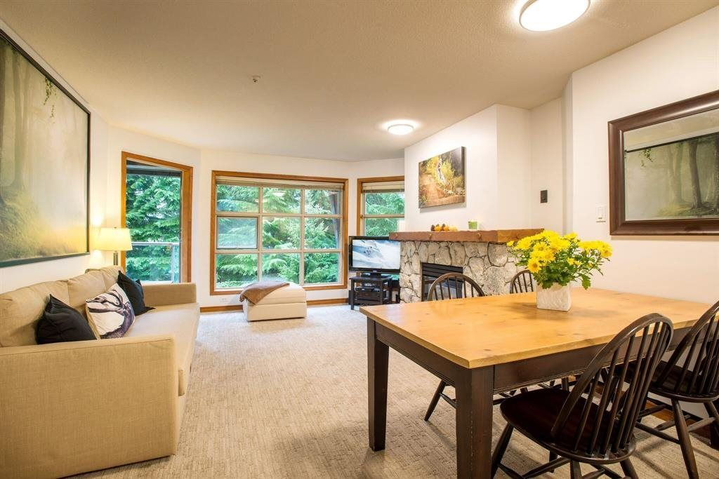"Main Photo: 418 4800 SPEARHEAD Drive in Whistler: Benchlands Condo for sale in ""Aspens"" : MLS®# R2236924"
