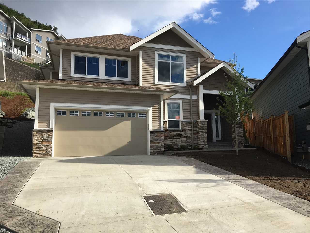 """Main Photo: 47220 VISTA Place in Sardis: Promontory House for sale in """"SOLARA"""" : MLS®# R2256279"""