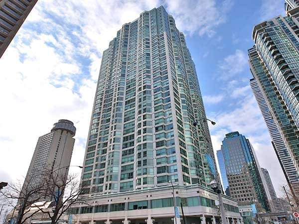 Main Photo: 807 10 Yonge Street in Toronto: Waterfront Communities C1 Condo for sale (Toronto C01)  : MLS®# C4356926