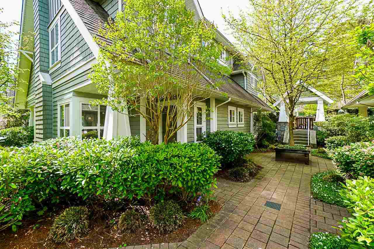 """Main Photo: 27 2688 MOUNTAIN Highway in North Vancouver: Westlynn Townhouse for sale in """"CRAFTSMAN ESTATES"""" : MLS®# R2364215"""