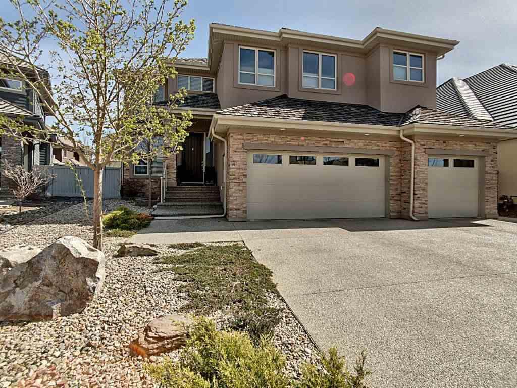 Main Photo: 2305 Cameron Ravine Cove in Edmonton: Zone 20 House for sale : MLS®# E4156996