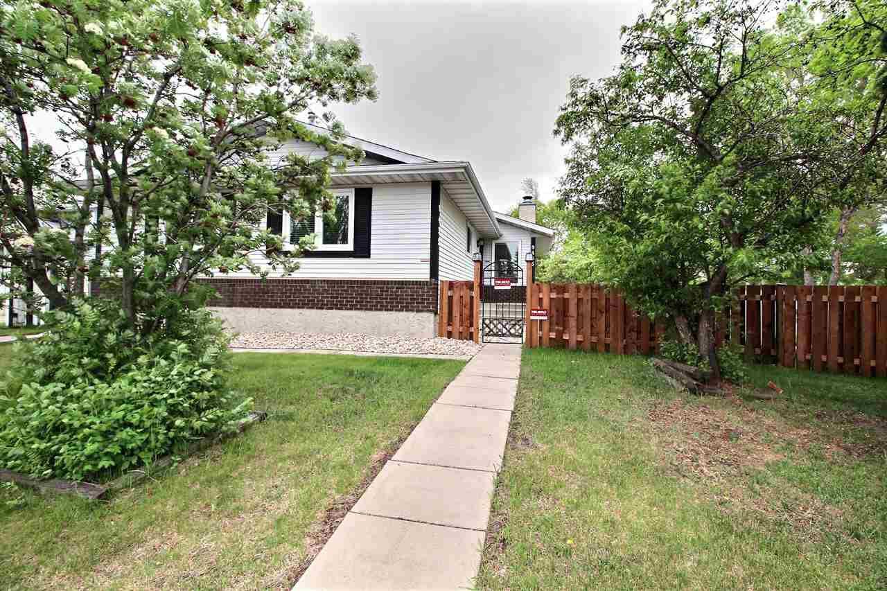 Main Photo: 9435 177 Avenue in Edmonton: Zone 28 House for sale : MLS®# E4160360