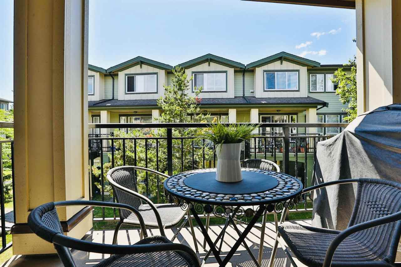 """Main Photo: 21 160 PEMBINA Street in New Westminster: Queensborough Townhouse for sale in """"EAGLE CREST ESTATES"""" : MLS®# R2387336"""