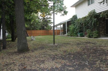 Photo 15: Photos: 3 Brahms Bay in Winnipeg: Residential for sale (River East)  : MLS®# 1119111