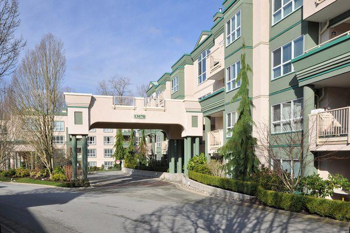 Main Photo: 404 13870 70TH Avenue in Surrey: East Newton Condo for sale : MLS®# F1307583