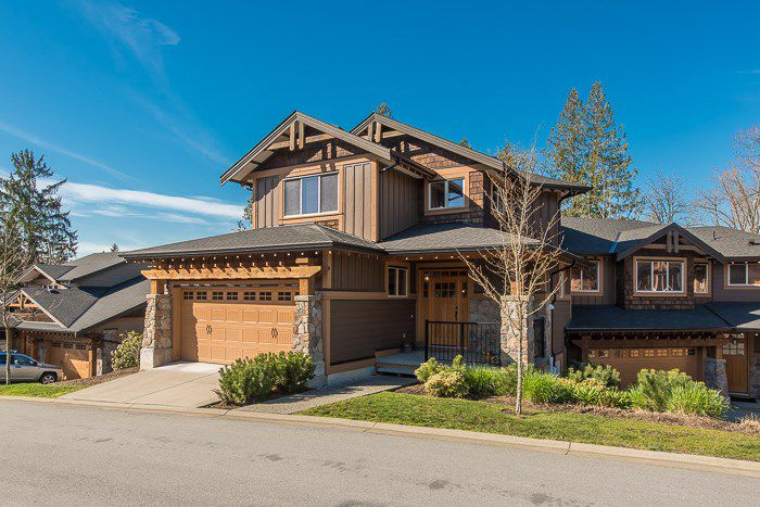 "Main Photo: 77 24185 106B Avenue in Maple Ridge: Albion Townhouse for sale in ""TRAILS EDGE"" : MLS®# R2075669"