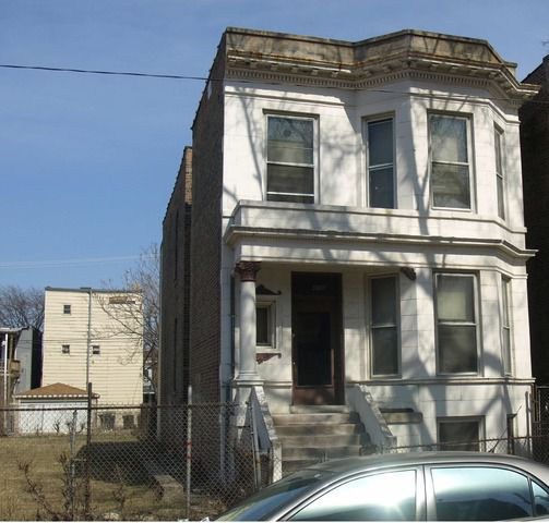 Main Photo:  in CHICAGO: CHI - West Garfield Park Multi Family (2-4 Units) for sale ()  : MLS®# 09278411