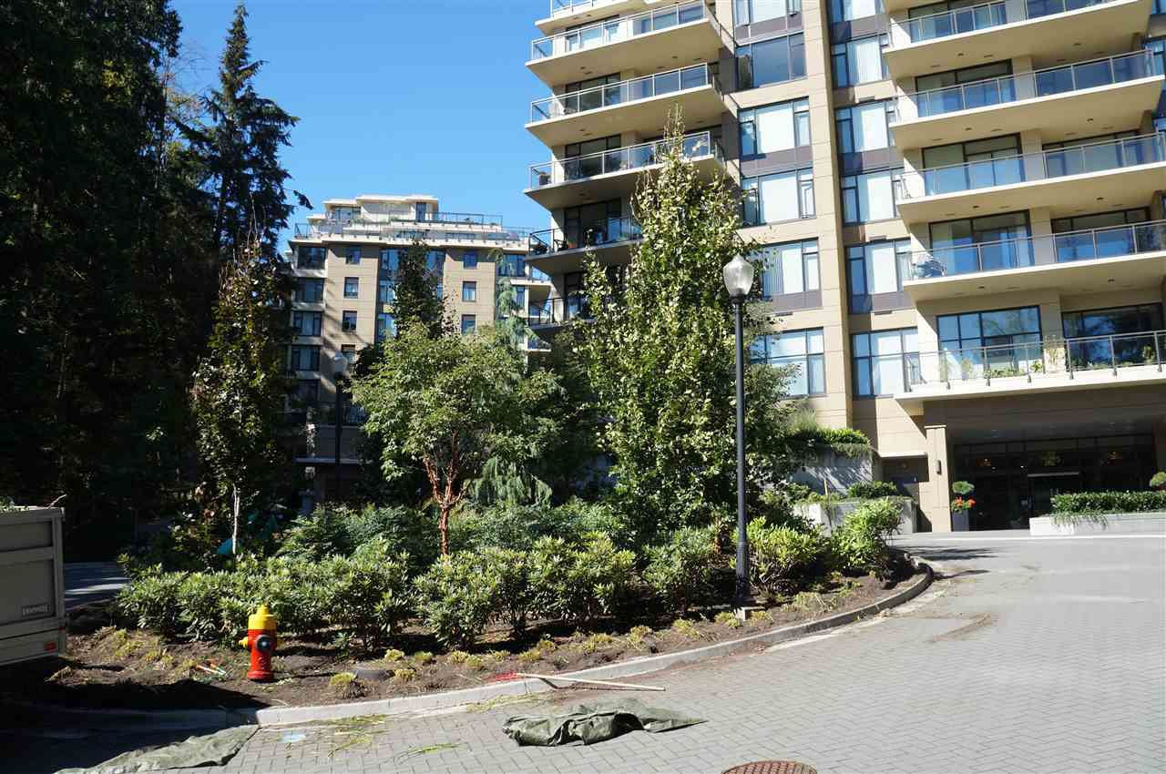 Main Photo: 303 1415 PARKWAY Boulevard in Coquitlam: Westwood Plateau Condo for sale : MLS®# R2111020