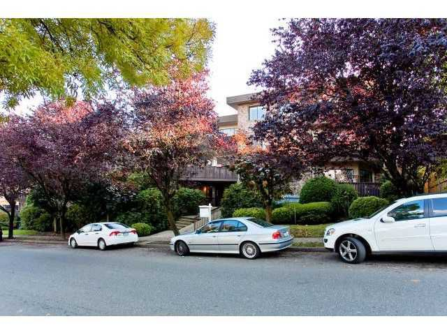 Main Photo: 307 930 East 7th Avenue in Mount Pleasant: Home for sale : MLS®# V927347