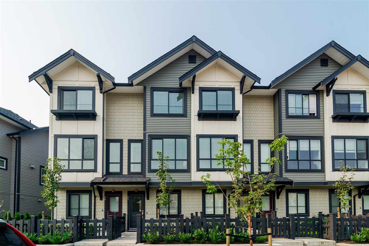 "Main Photo: 23 8570 204 Street in Langley: Willoughby Heights Townhouse for sale in ""WOODLAND PARK"" : MLS®# R2208613"