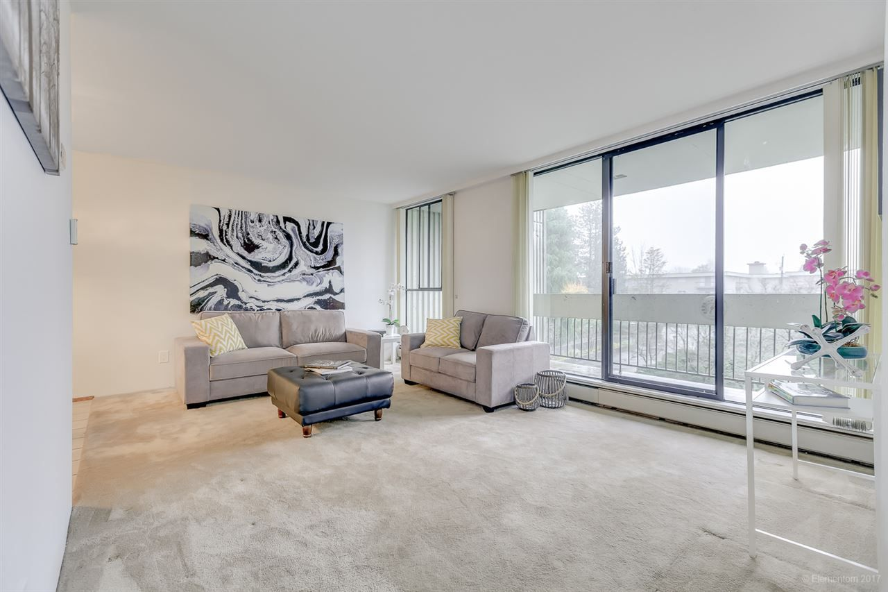 """Main Photo: 304 6689 WILLINGDON Avenue in Burnaby: Metrotown Condo for sale in """"KENSINGTON HOUSE"""" (Burnaby South)  : MLS®# R2228185"""