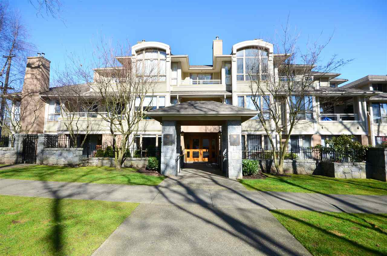 Main Photo: 313 3777 W 8TH AVENUE in : Point Grey Condo for sale : MLS®# R2073252