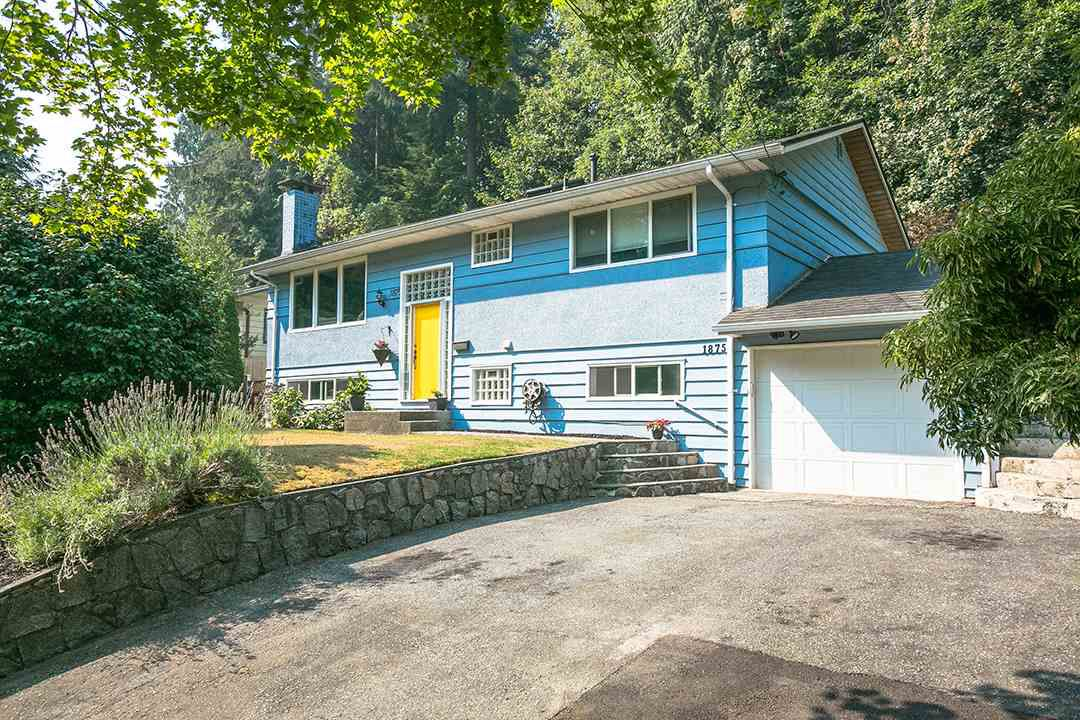 "Main Photo: 1875 ARBORLYNN Drive in North Vancouver: Westlynn House for sale in ""Westlynn"" : MLS®# R2275685"