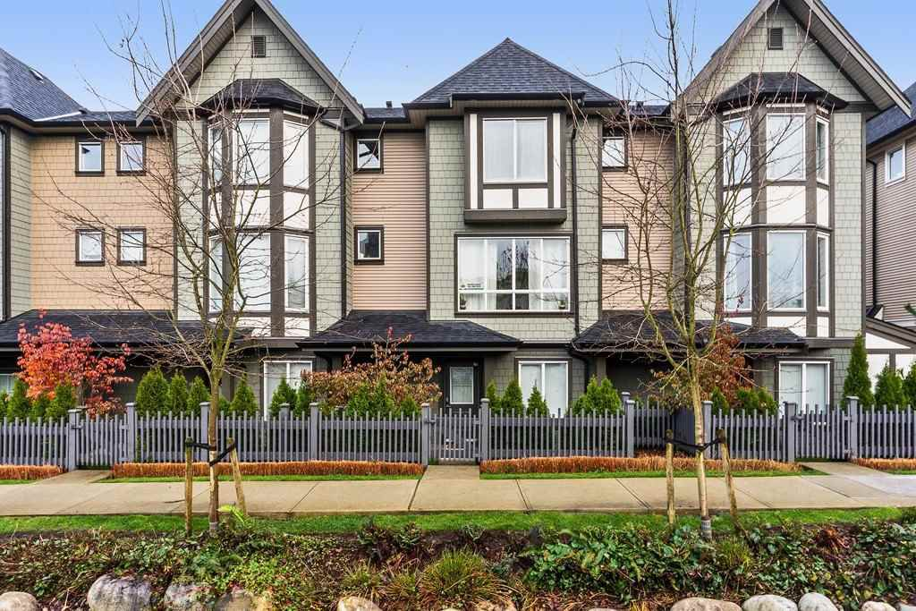 "Main Photo: 147 8138 204 Street in Langley: Willoughby Heights Townhouse for sale in ""Ashbury & Oak"" : MLS®# R2323920"