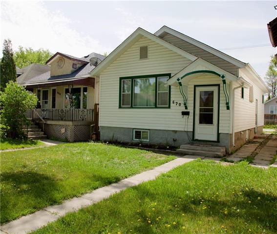 Main Photo: 670 Ingersoll Street in Winnipeg: Sargent Park Residential for sale (5C)  : MLS®# 1914965