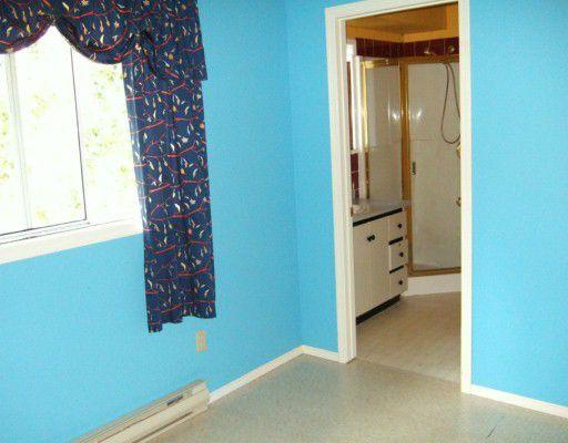 Photo 7: Photos: 5772 NEPTUNE Road in Sechelt: Sechelt District House for sale (Sunshine Coast)  : MLS®# V599973