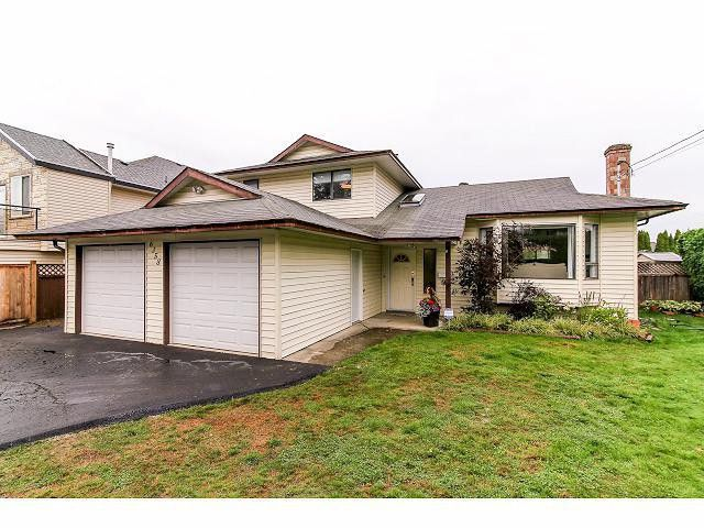 Main Photo: 6358 134 Street in Surrey: Panorama Ridge House for sale : MLS®# F1423558
