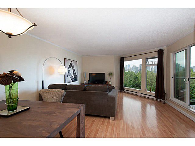 "Main Photo: 205 1365 W 4TH Avenue in Vancouver: False Creek Condo for sale in ""Granville Island Village"" (Vancouver West)  : MLS®# V1088930"